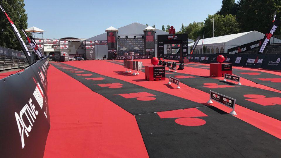 Aire d'arrivée pour un triathlon - IronMan Vichy - Village, Tentes, Sonorisation, Eclairage, Buvettes, Restauration / Snacks, Distribution Electrique, Sanitaires, Gestion de l'eau sur le site